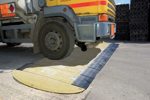 Marwood Group - Lightweight Road Plate 4.jpg