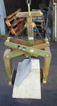Marwood Group - Kassel Kerb Lifter 2.jpg